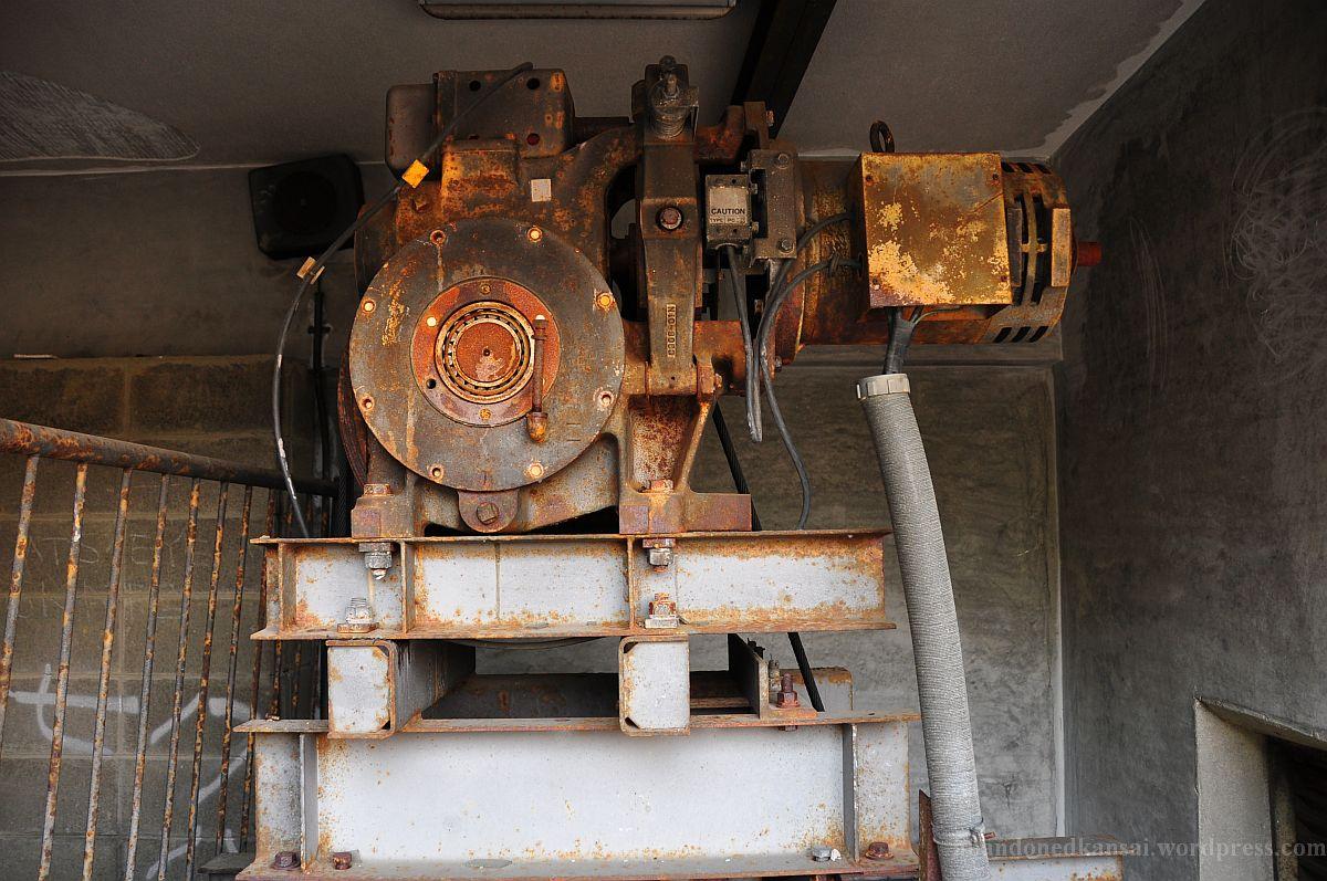 Old Elevator Motor Abandoned Kansai