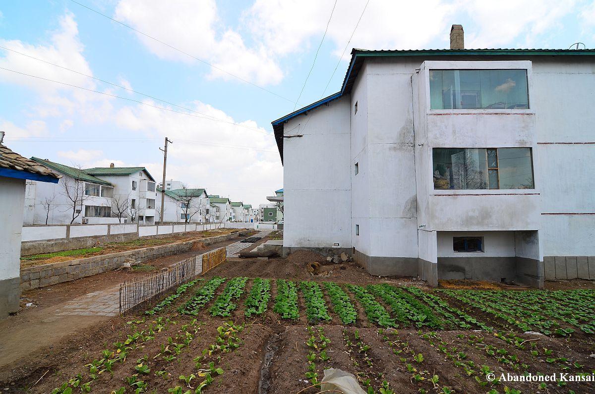North Korea – Chongsan-ri Cooperative Farm | Abandoned Kansai