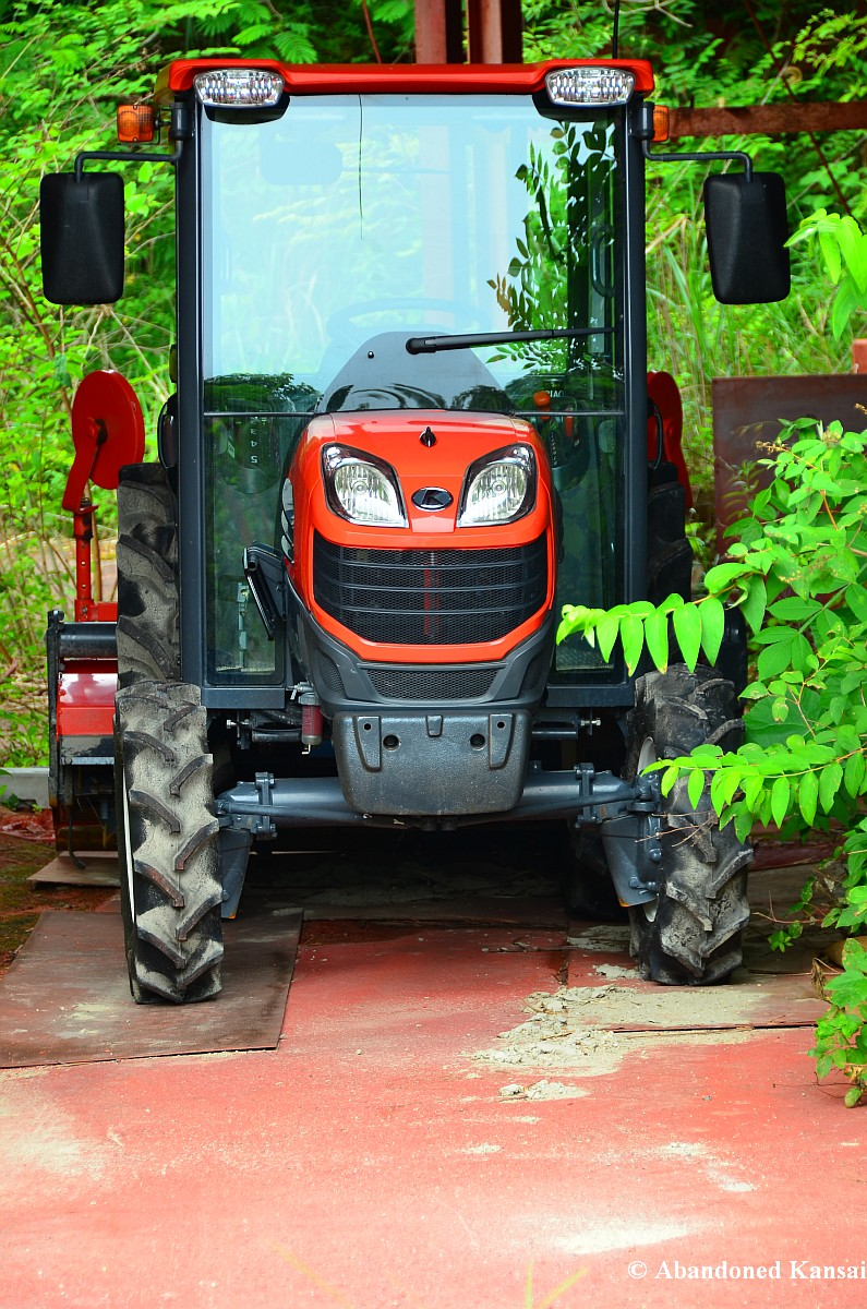 Midget Tractor Trailer - Porn Clips-4687
