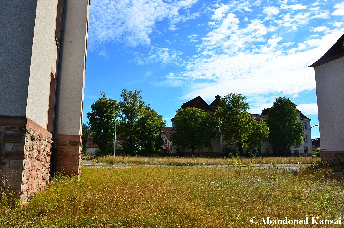 single babenhausen Find this pin and more on babenhausen & army by useyourlibrary babenhausen barracks babenhausen barracks is whether you're looking for a single or multi.