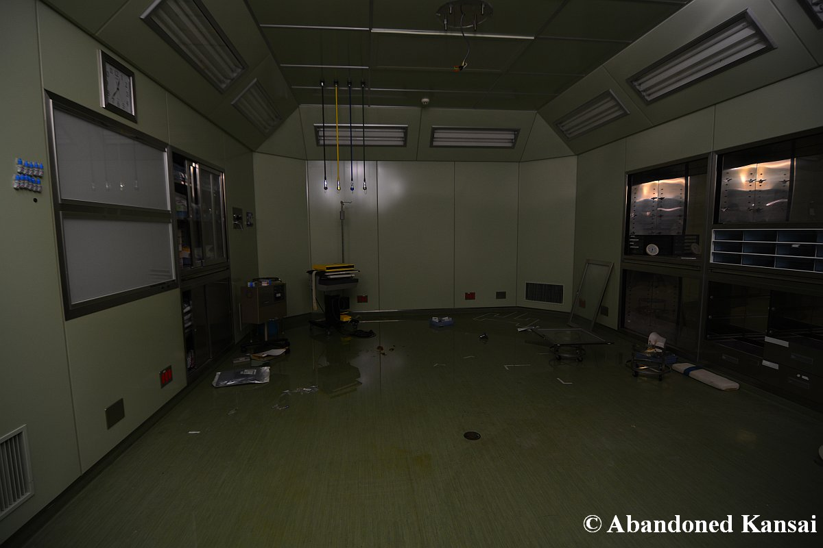 Abandoned Operating Room | www.imgkid.com - The Image Kid ...