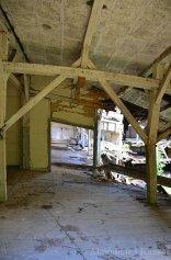 collapsing-granary