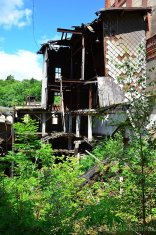 partly-demolished-granary