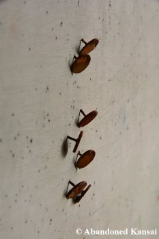 Rusty Thumbtacks