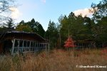 abandoned-bungalow-village
