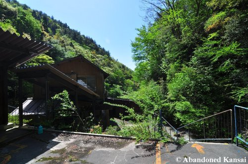 abandoned-hira-lift-station