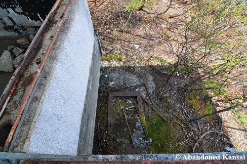abandoned-mountain-hut