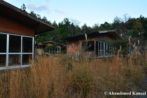 bungalows-in-bad-condition