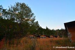 deserted-lodging