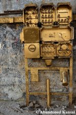 Golden Switchboxes