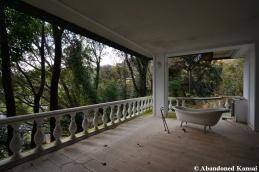 Balcony Bathtub