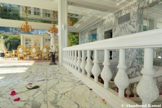 Deserted Billionaire Mansion Japan